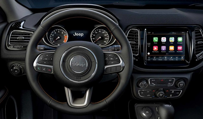 Long Island NY - 2019 Jeep Compass's Interior