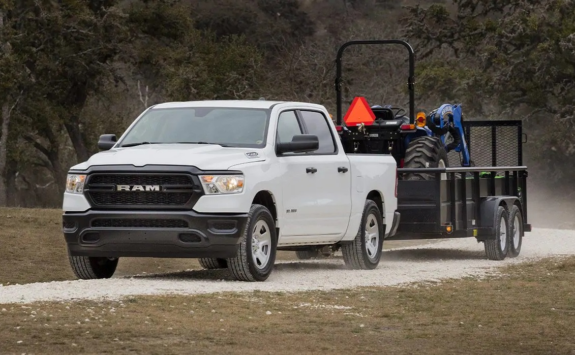 2019 RAM 1500 lease and specials in Amityville New York