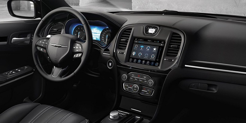 City of Industry CA - 2020 Chrysler 300's Interior