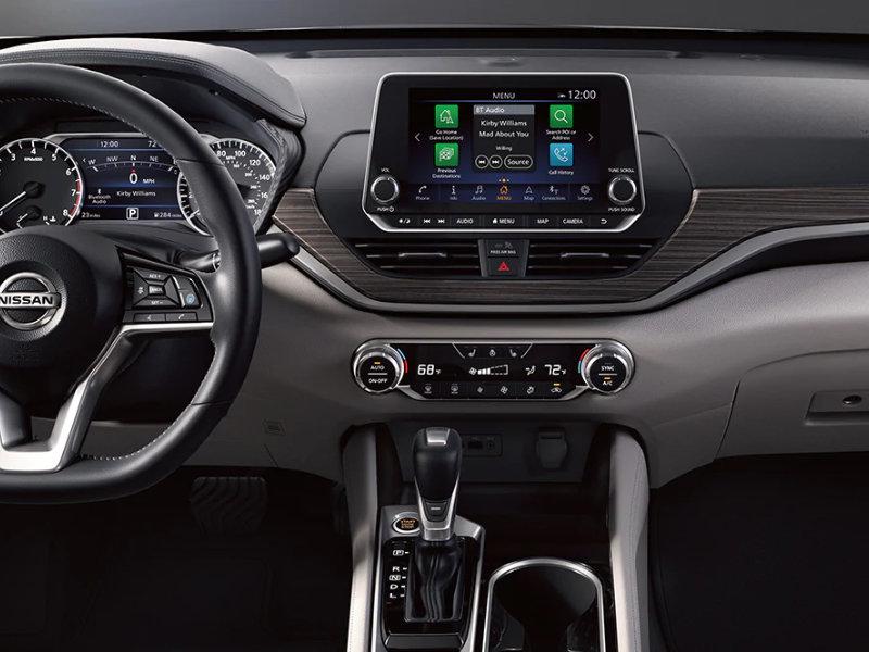 Lumberton NC - 2021 Nissan Altima's Interior