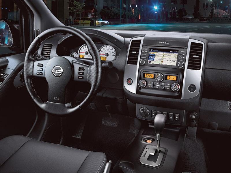 Lumberton NC - 2021 Nissan Frontier's Interior